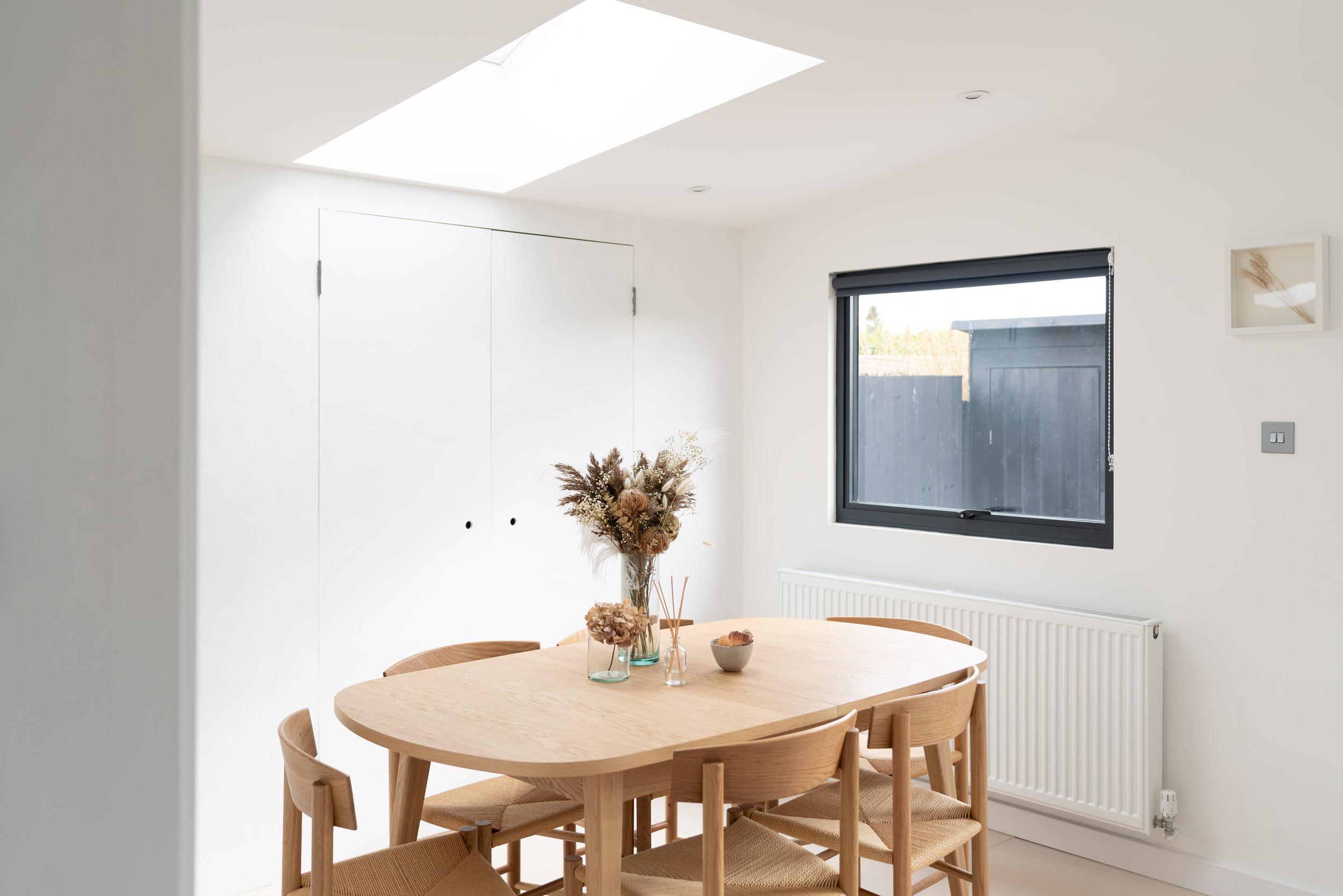 Water-Cabin-Dining-Room-Norfolk-Broads-Habitat-Table.jpg