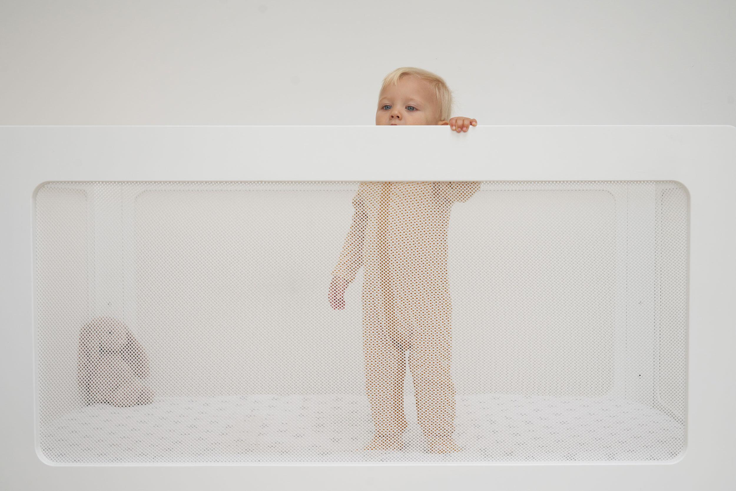 Fiona-Burrage-Little_Peep-Cot-Norfolk-Photographer-Mesh.jpg