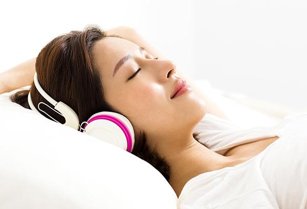 Headphone Girl.jpg
