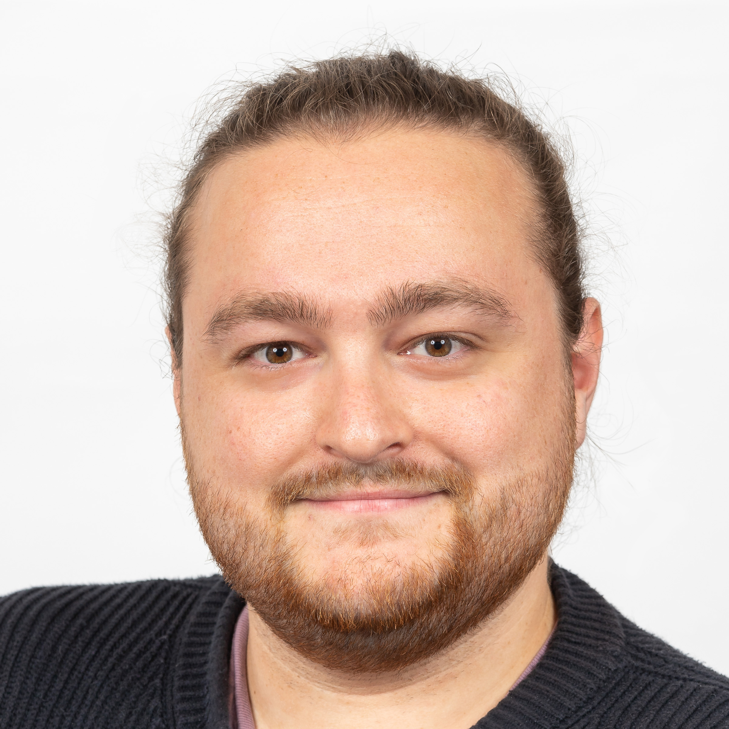 ALEX DAWES,  LEAD ENGINEER  Alex D is a co-founder and Lead Engineer at Hivemind, designing, evolving and implementing the Hivemind platform.   READ MORE