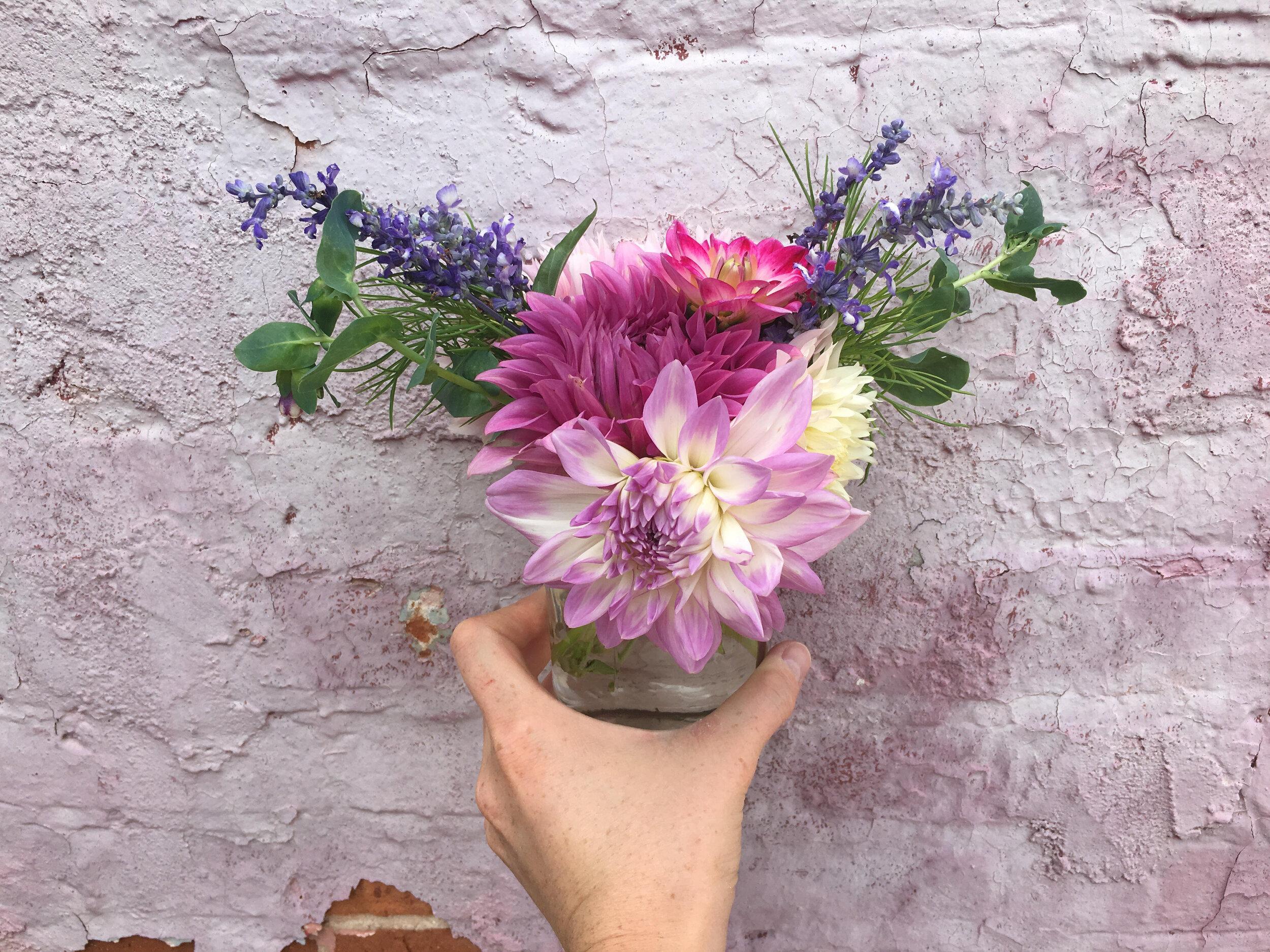 9.12.19 dahlia bouquet.jpg