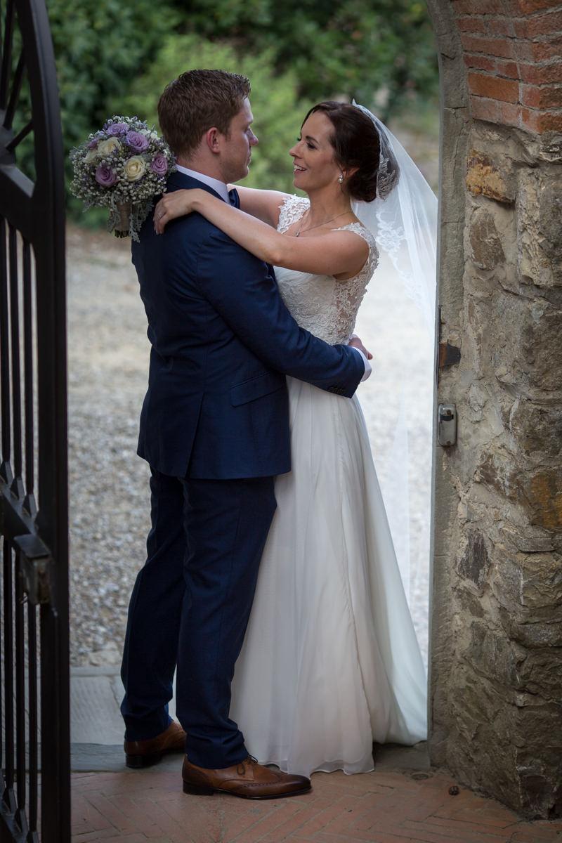 wedding tuscany vicchiomaggio castle-62.jpg