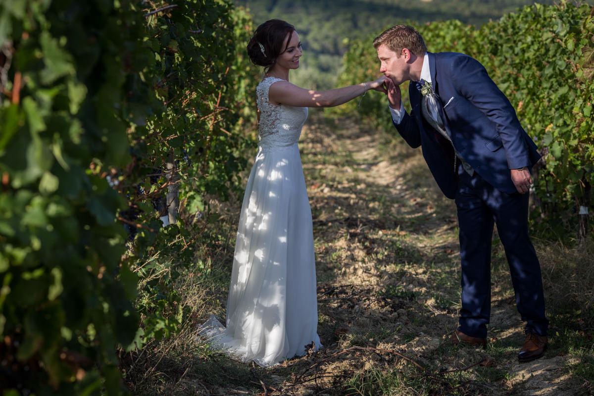 wedding tuscany vicchiomaggio castle-63.jpg
