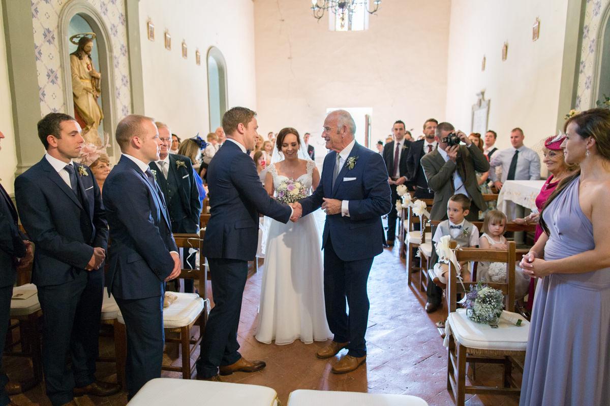 wedding tuscany vicchiomaggio castle-35.jpg