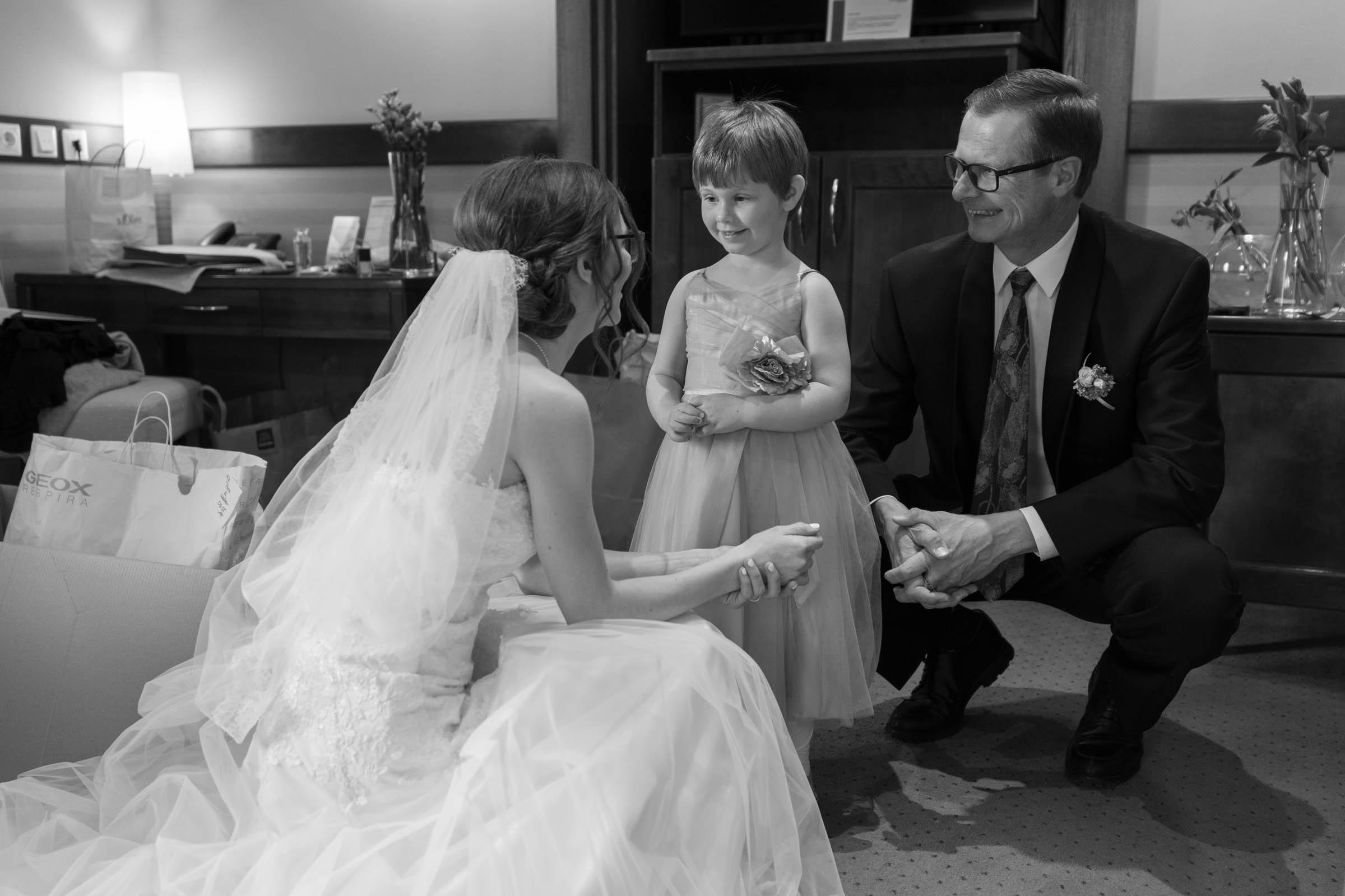 Schloss Hernstein Wedding bride and her father