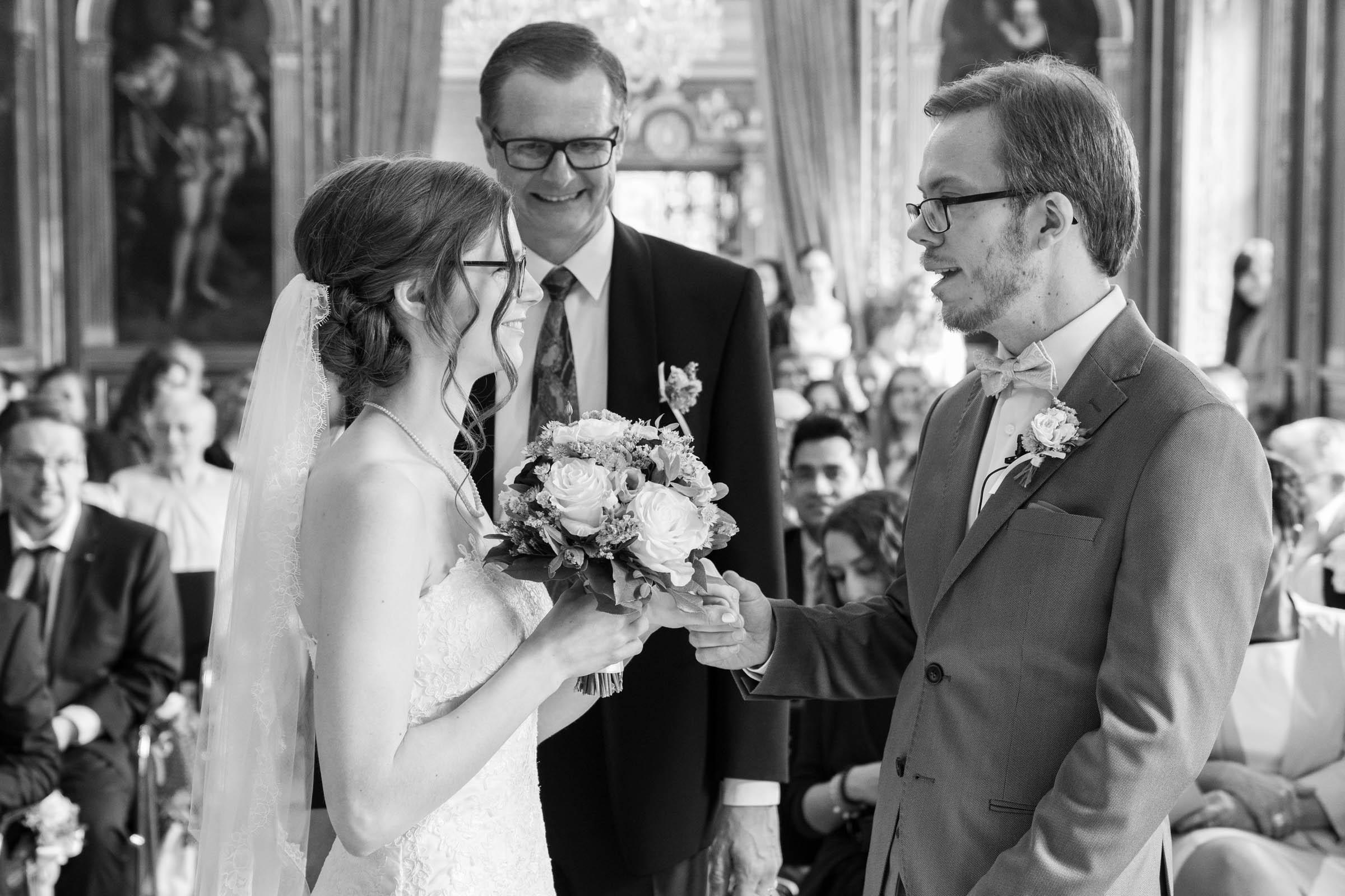 Schloss Hernstein Wedding bride arrival to groom