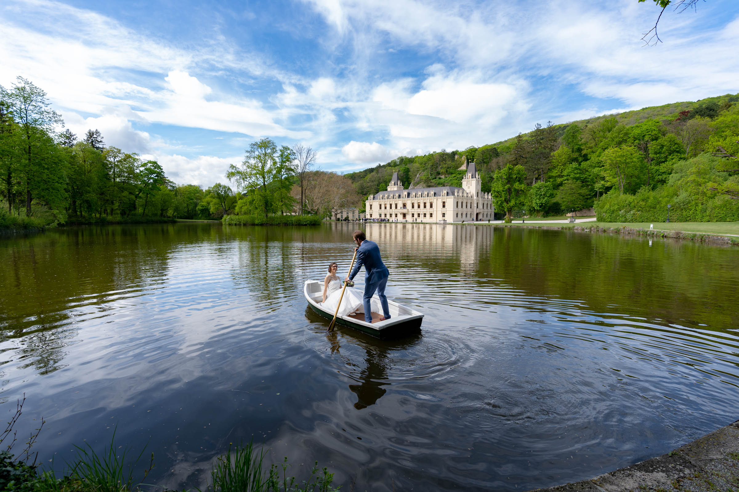 Schloss Hernstein Wedding boat on the lake