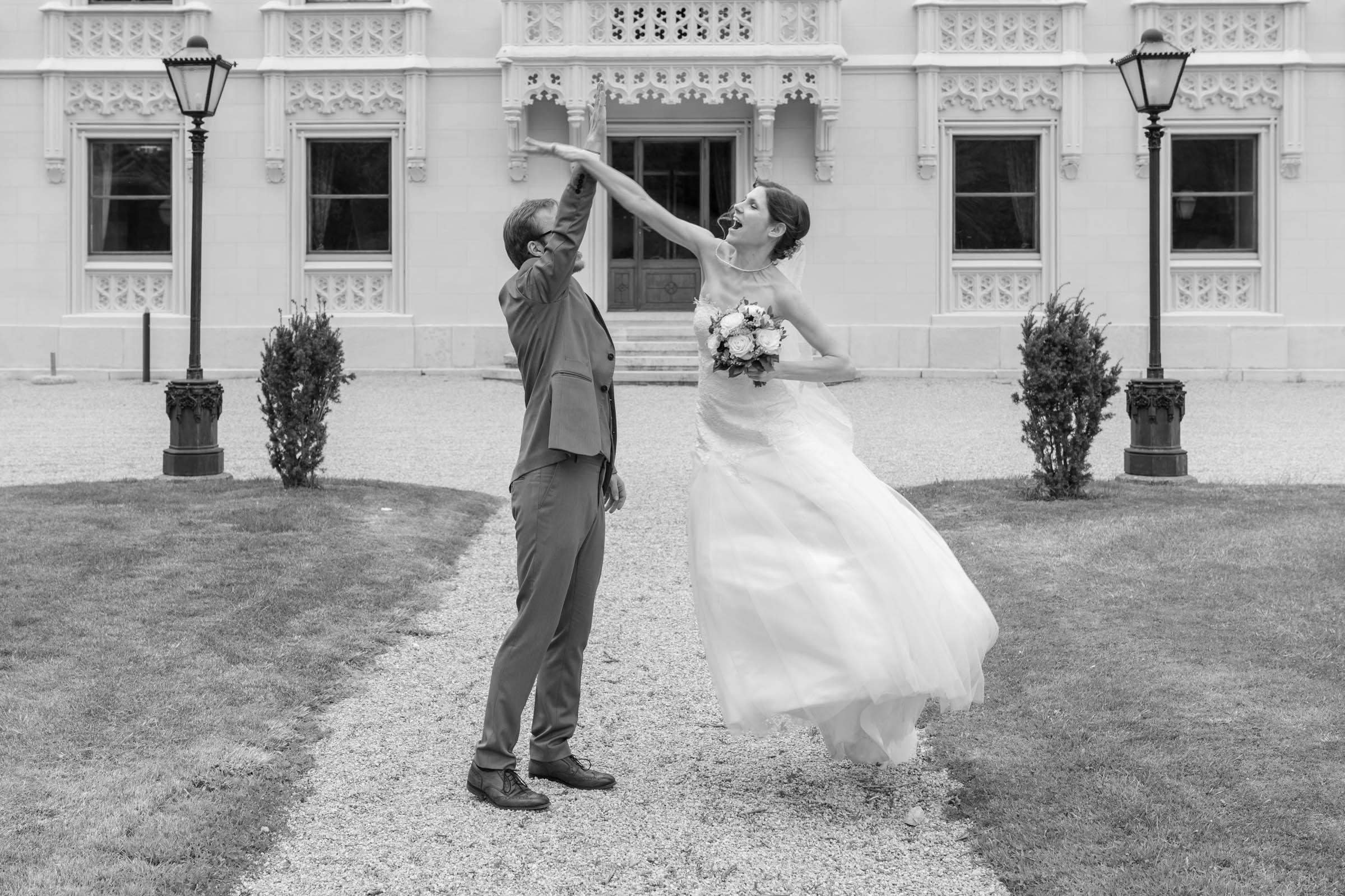 Schloss Hernstein Wedding bride's portrait fun