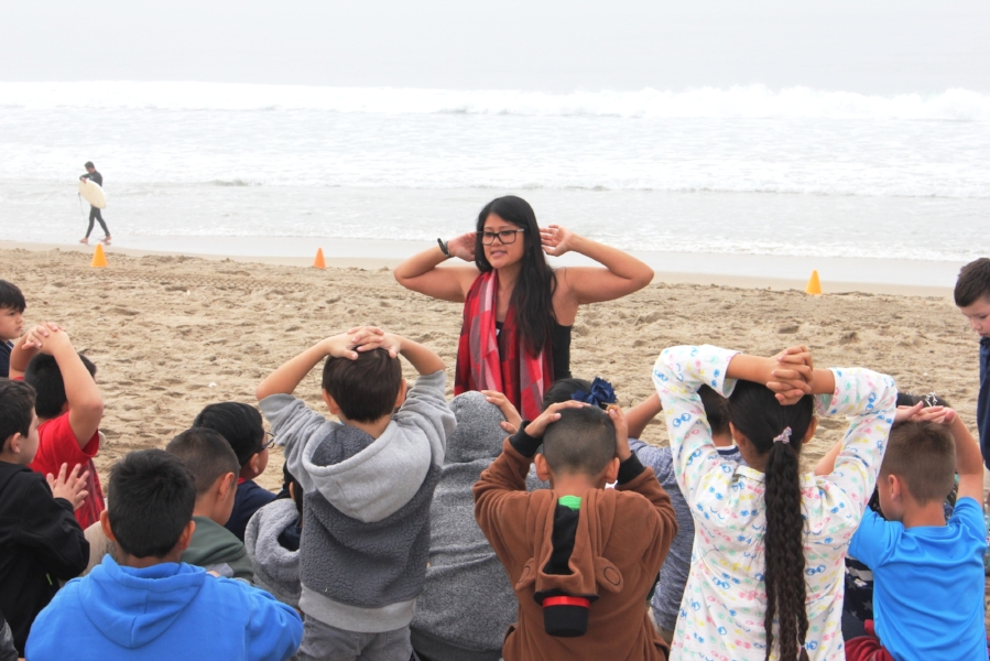 01Jan12 42-Brittney getting the class ready for the signs of life activity 2018.JPG