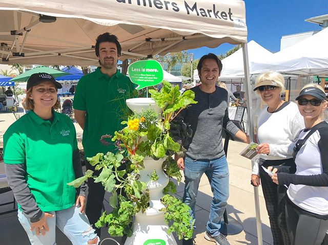 Lettuce grow!! Thank you for joining us today 💚 swing by to meet the team raising awareness and providing tools to create your very own backyard garden, on-hand today til 5pm #backyardgrowers #health #wellness #growyourownfood #bepartofthemovement #farmtotable #localfoodsystems #manhattanbeach #mbfm @lettucegrow