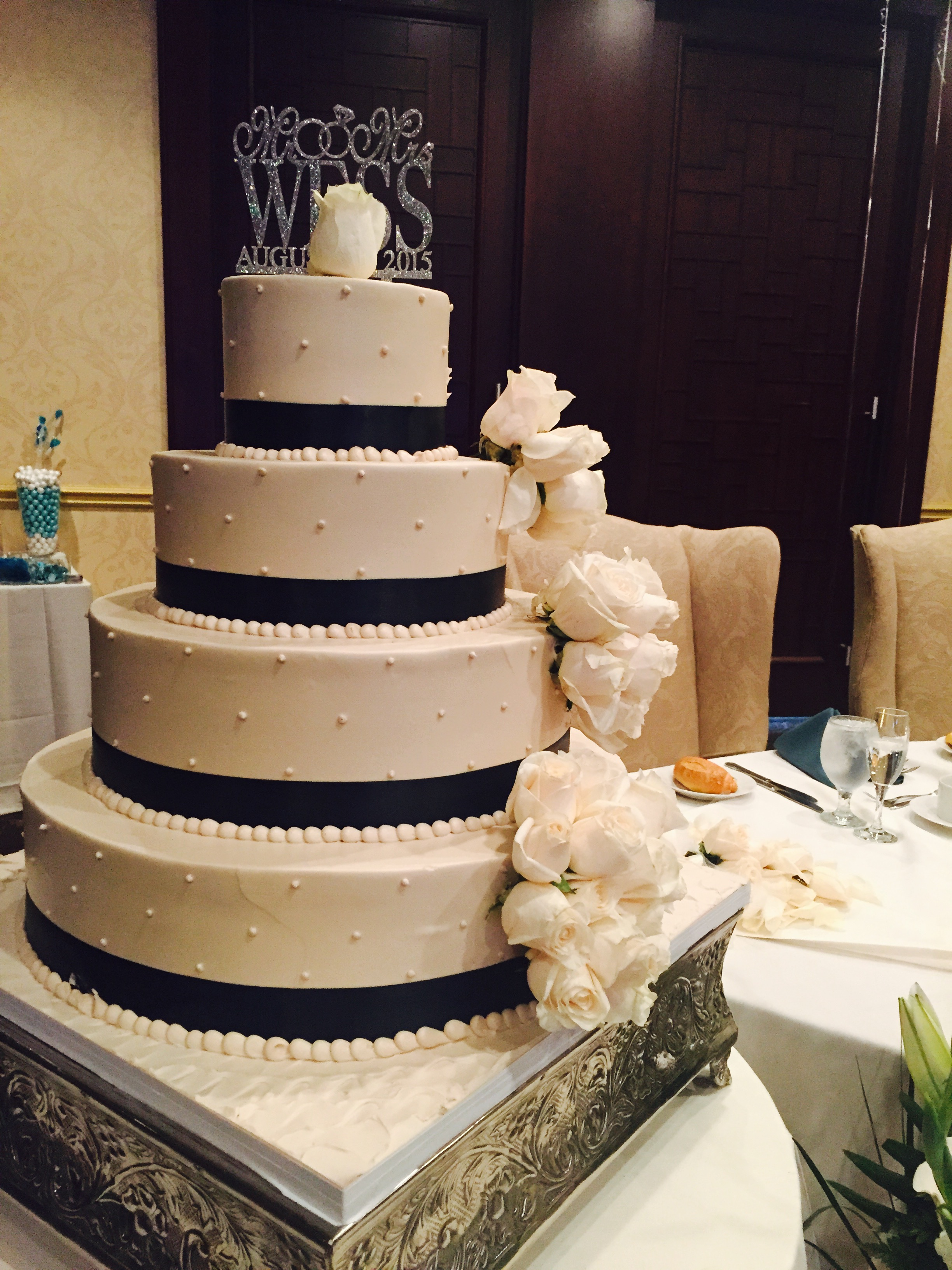 Palermos Cake.jpg