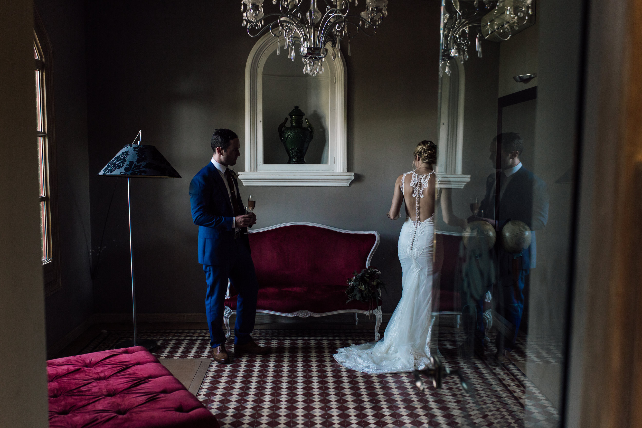 A bride and groom on their wedding day in Clos La Plana, Sant Pere de Ribes, Sitges, Barcelona by Jo Kemp Photography