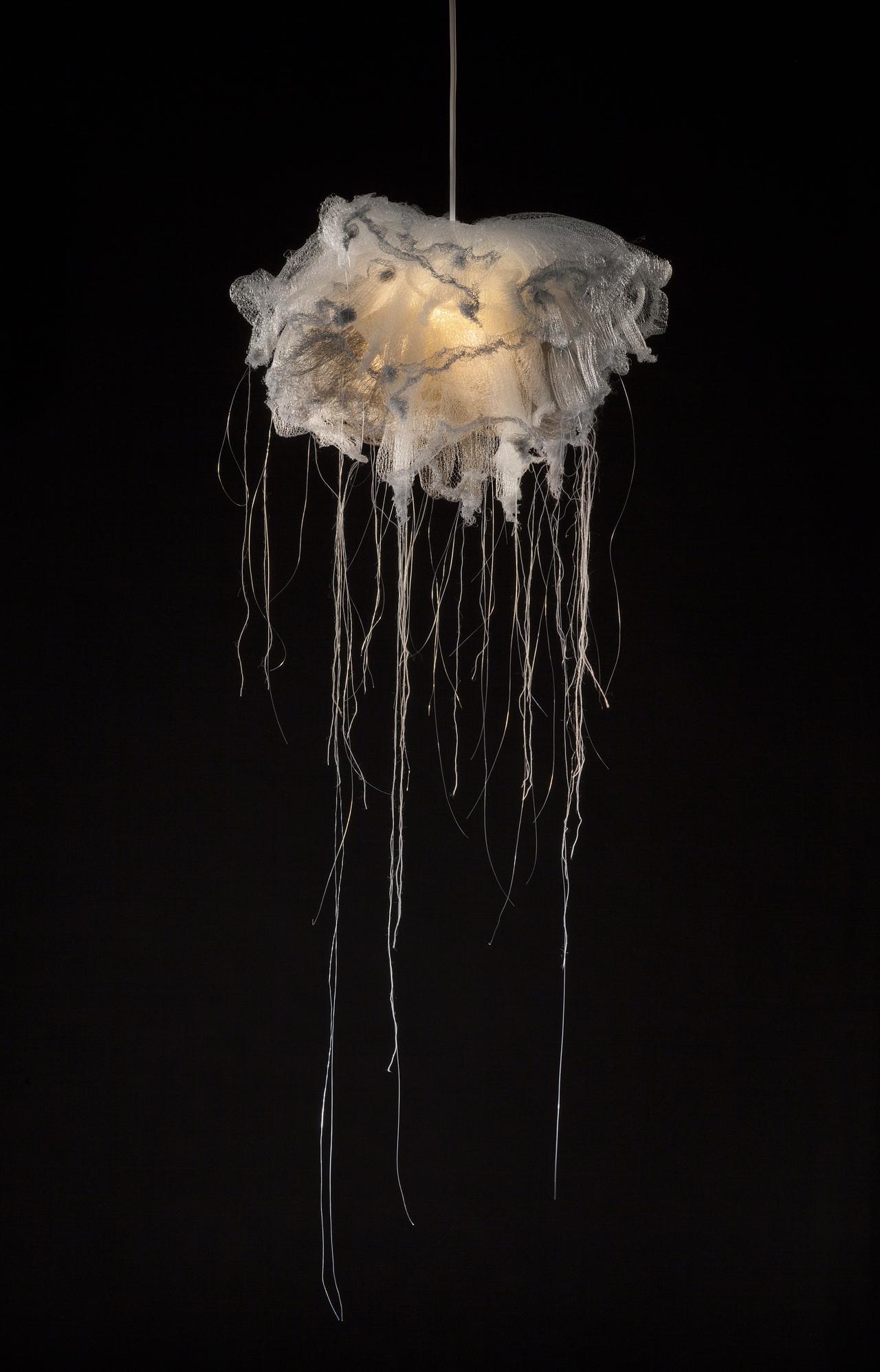 mariannejohnstad_jellyfishlamp_blue_.w .jpg