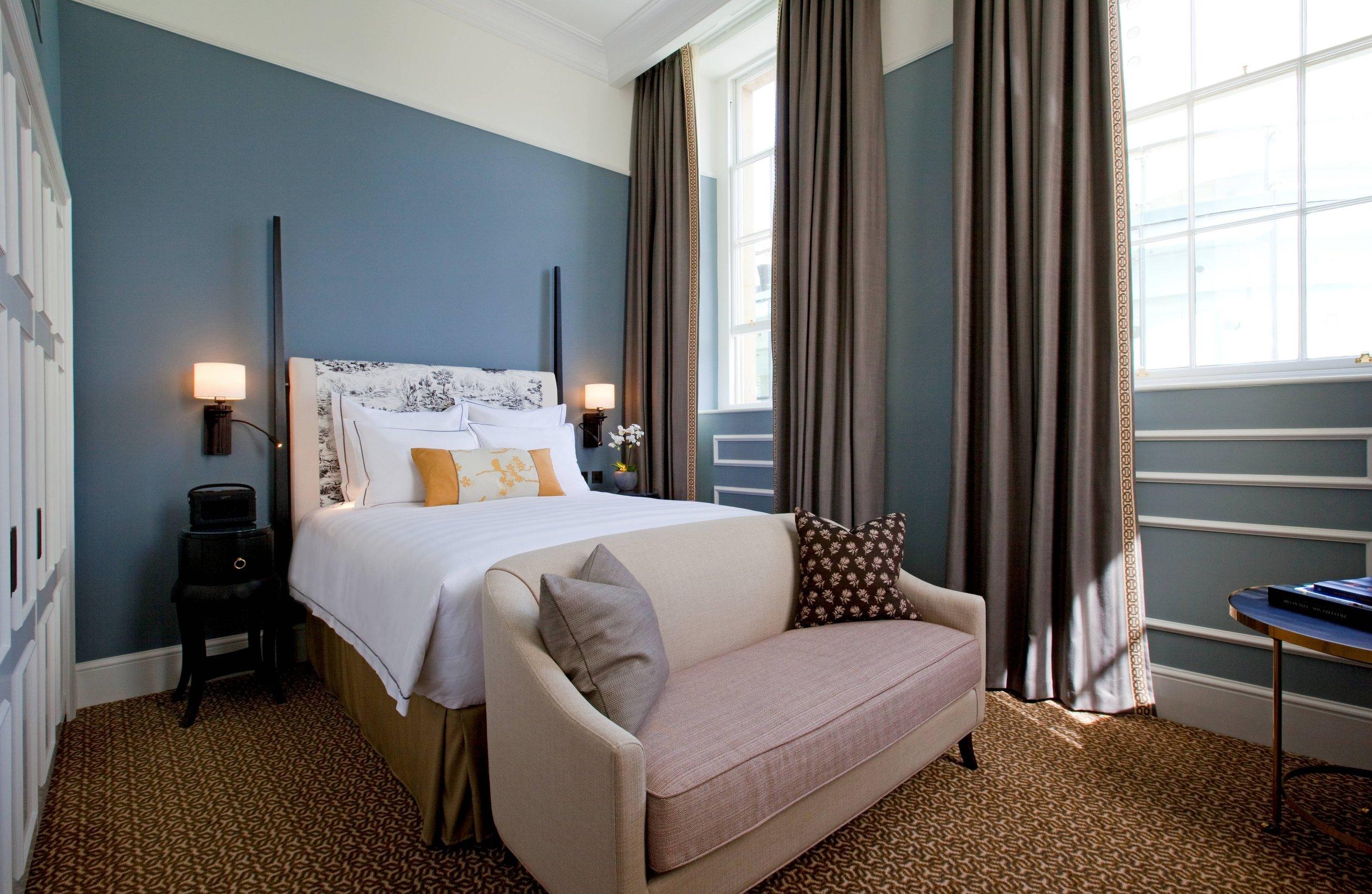 6 - Guest room.jpg