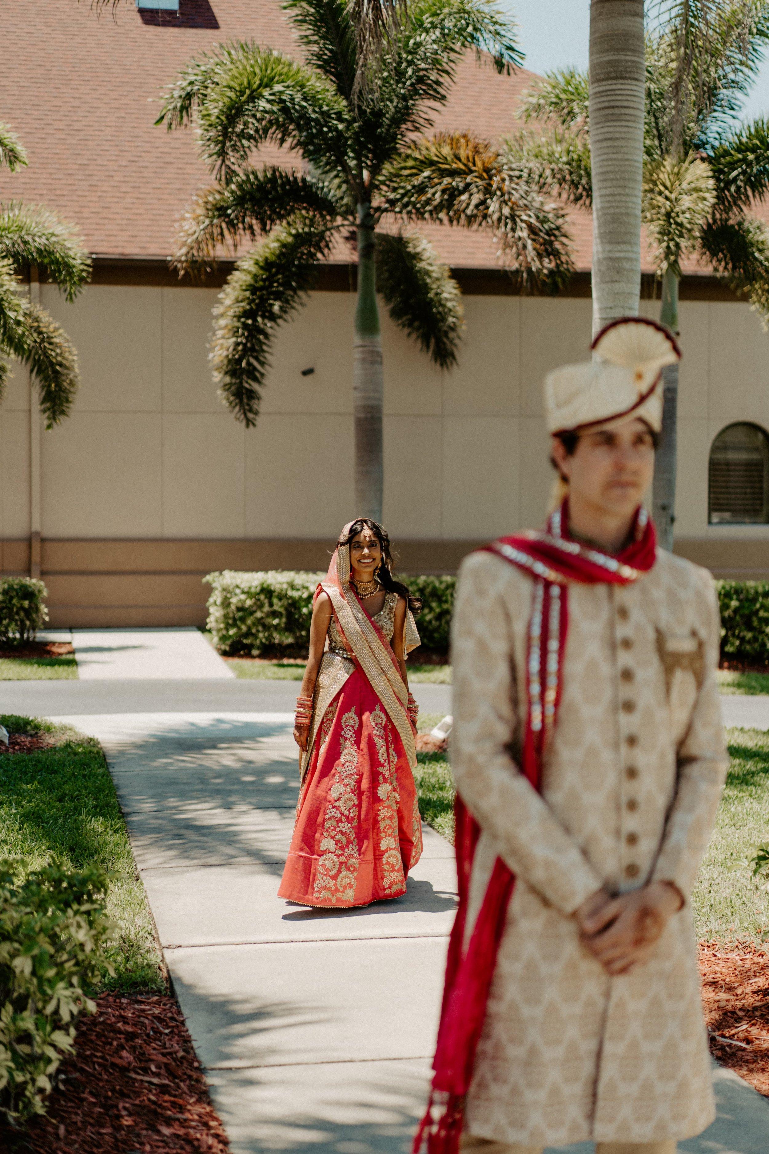 Florid-Hindu-Wedding-St.Petersburg-Florida-Wedding-Photographer-Lens-Culture-Photography-Shahnasarian-Hall-Wedding