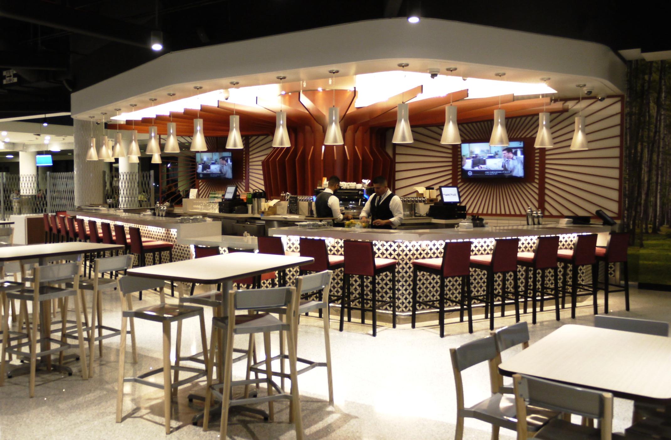 LAX Terminal 6 Wolfgang Puck Food Court