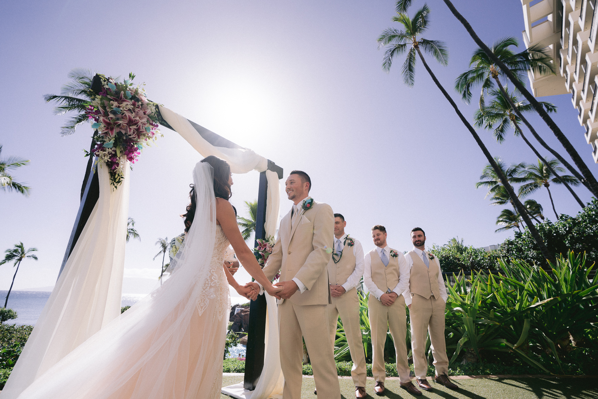 hawaii-destination-wedding-photo-6.jpg