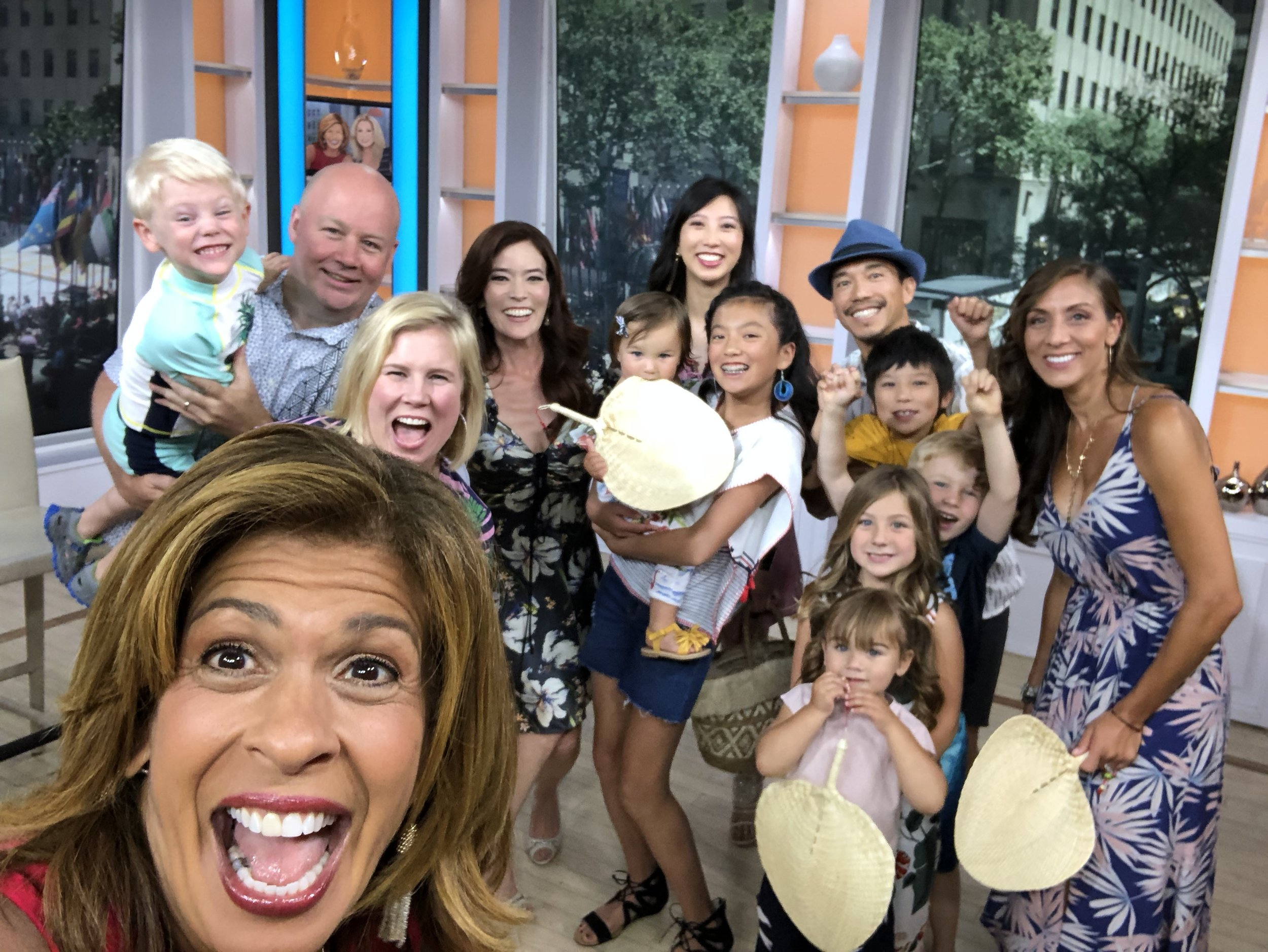 Taped on #nationalselfieday a fun selfie with Today co-host Hoda Kotb!