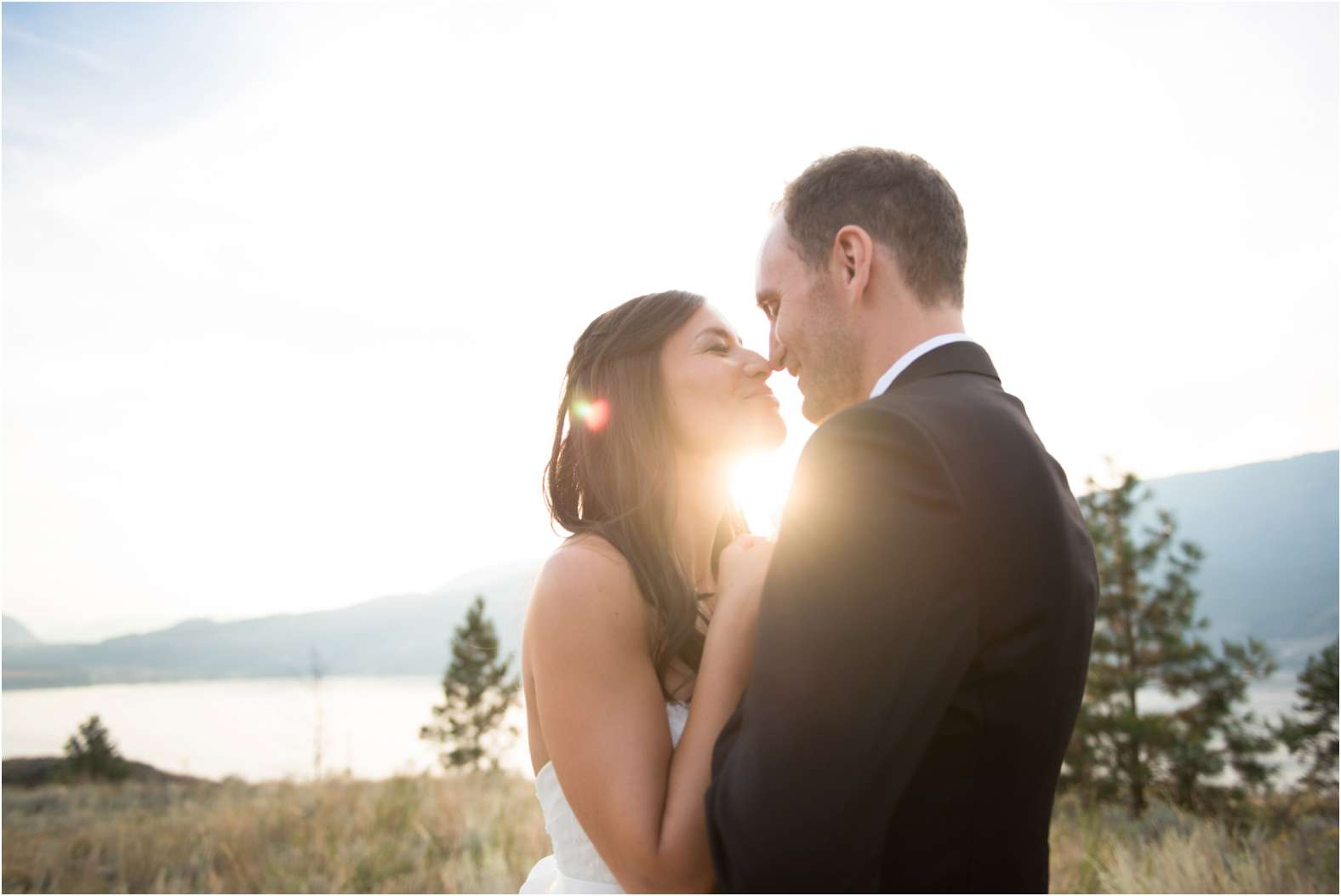 Sunset_bride_groom_mountain.jpg