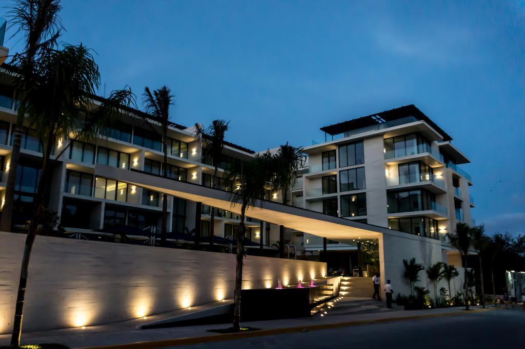 Descanso absoluto - Oceana Playa del Carmen, departamento de lujo de 3 habitaciones.