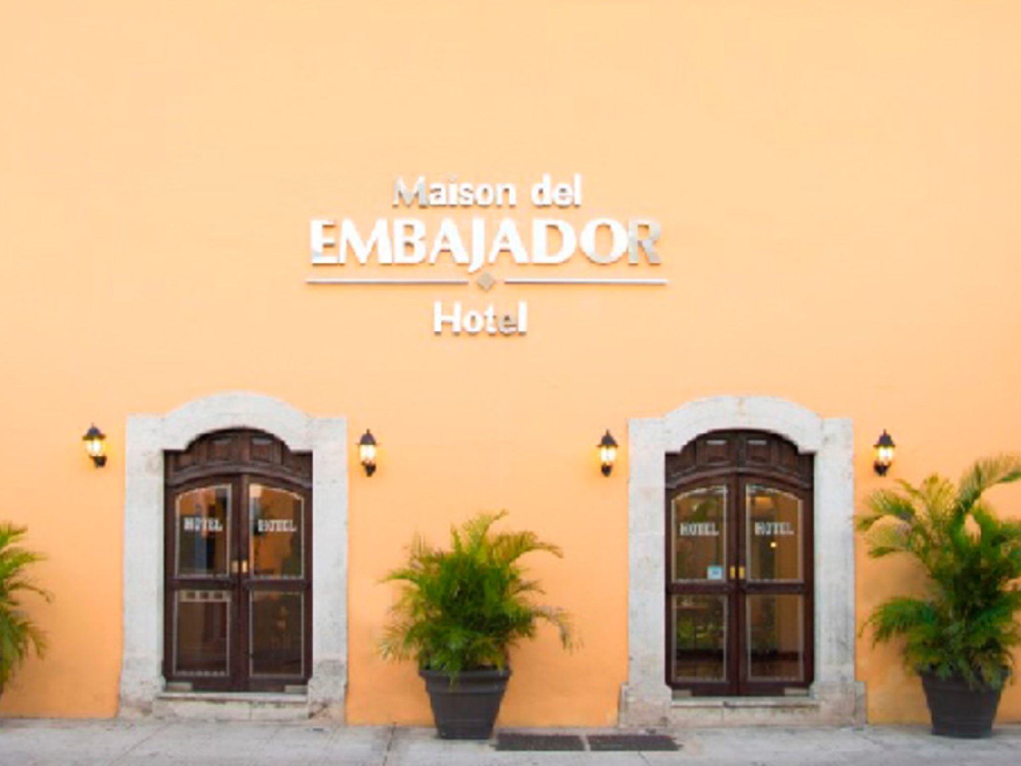 hotel Maison del Embajador Mérida - Day 3. 19 Feb. After breakfast, visit Valladiot church. Then visit Chichen Itza. Buffet luch. Then we visit one of the cenote. In the afternoon, journey to the gorgeous colonial town of Izamal. O/N Merida.