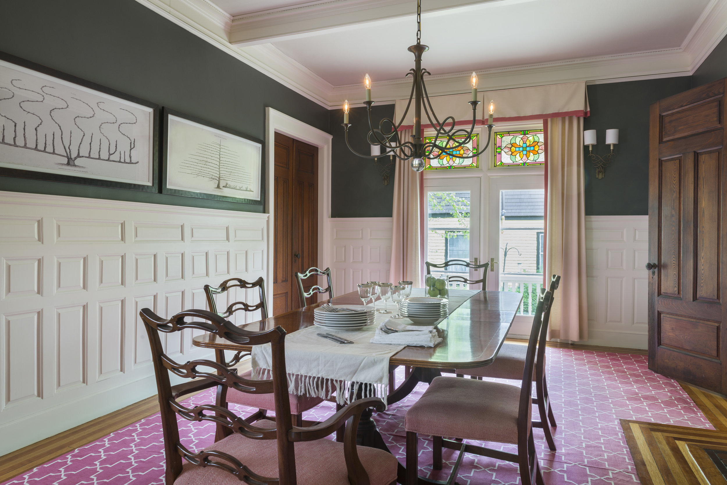 Newport Traditional Dining Room