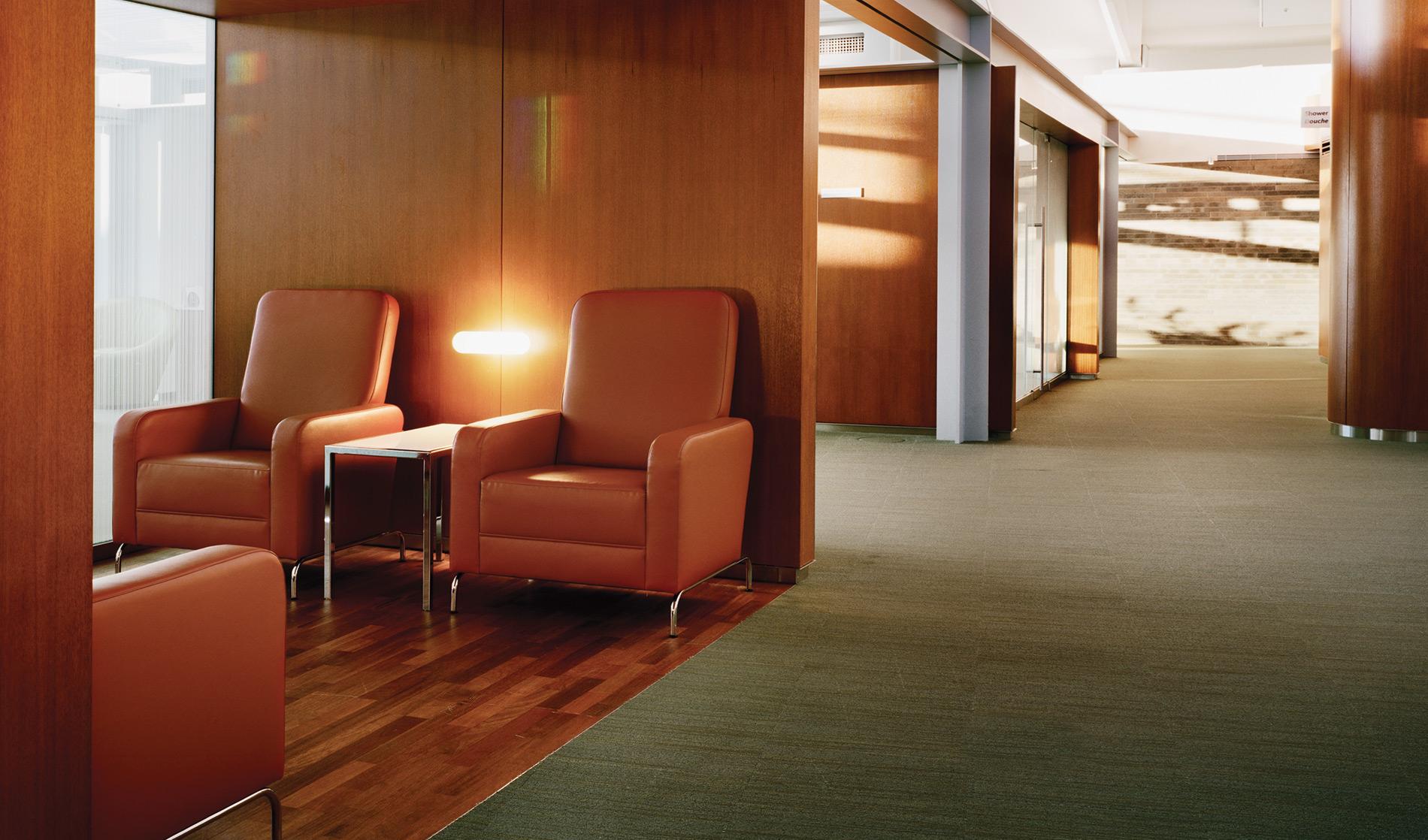 WEB-AC-Int'l-Maple-Leaf-Lounge-TPIA-07.jpg