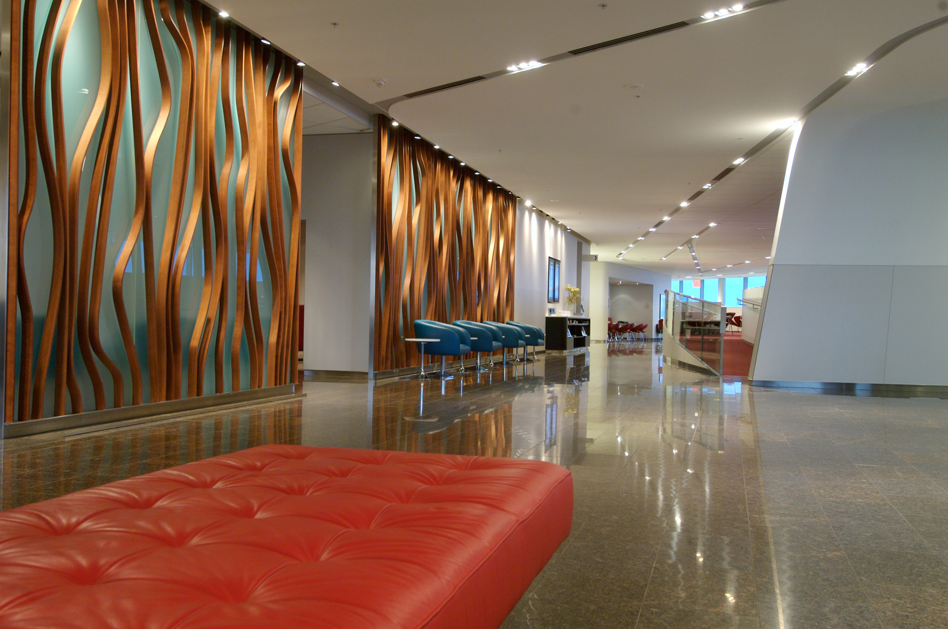 Toronto-Transboarder-Maple-Leaf-Lounge-WEB.jpg