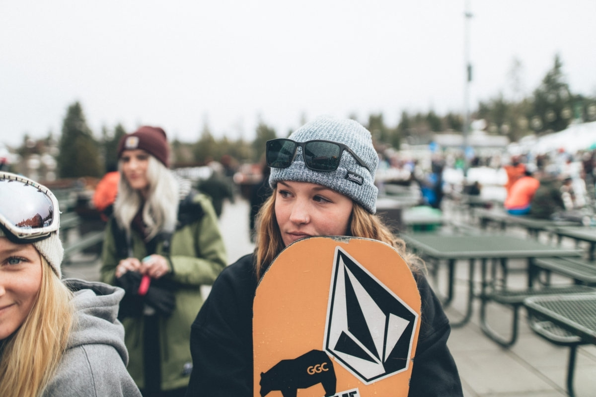 instagram account getting women into mountain sports -