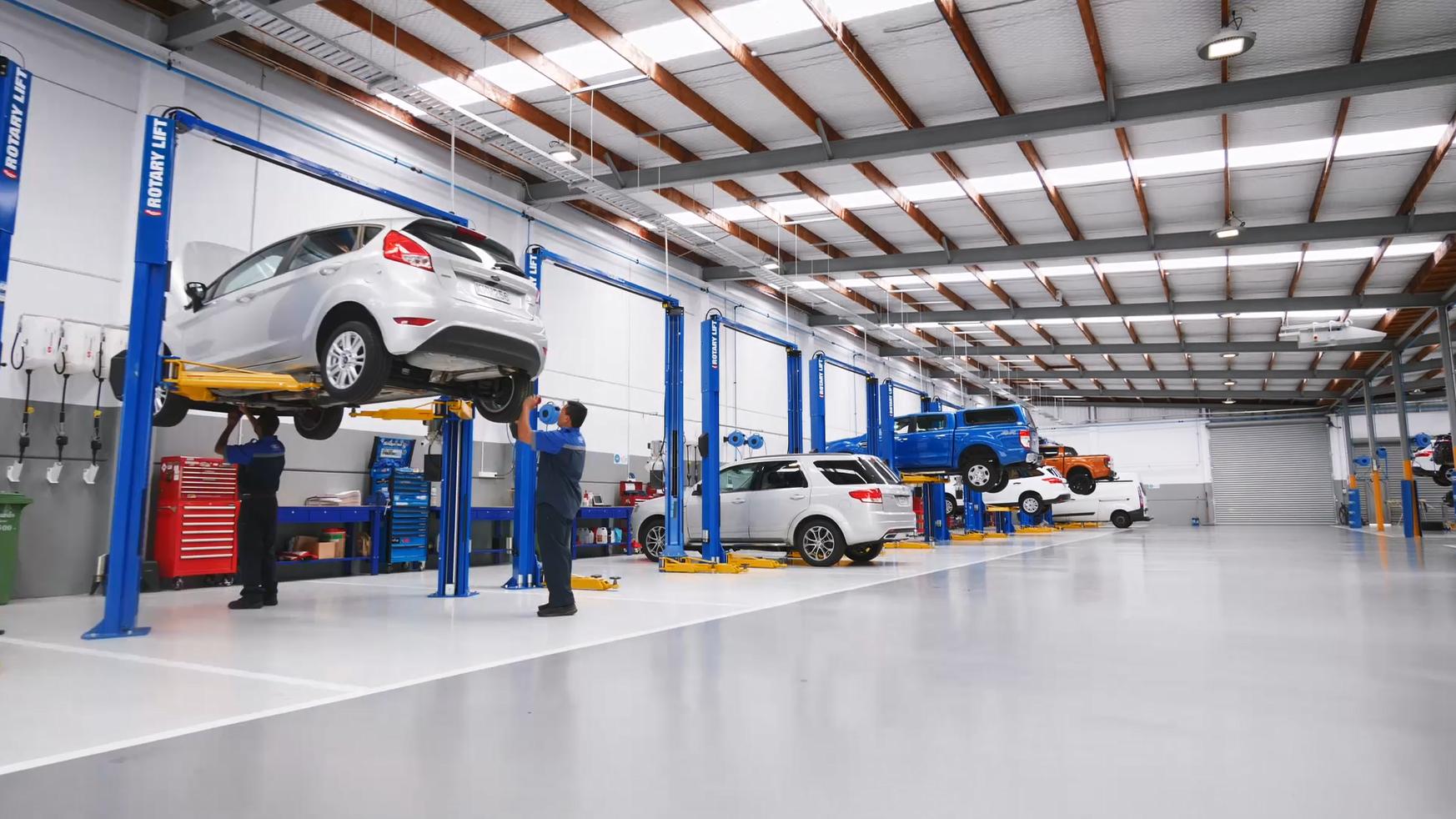 Ford service center - showcase / explainer