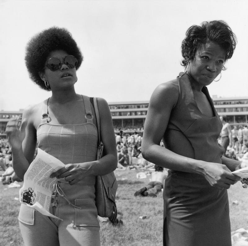 16_1972_frame_7_women.dce41553a5b65d106845a84cc4d6cccc.jpg