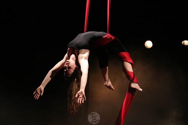 Marine... Pas de loin de 600 spectateurs déjà.  Demain 19h30. #unefoisuncirque #onex #cirque #circuslife