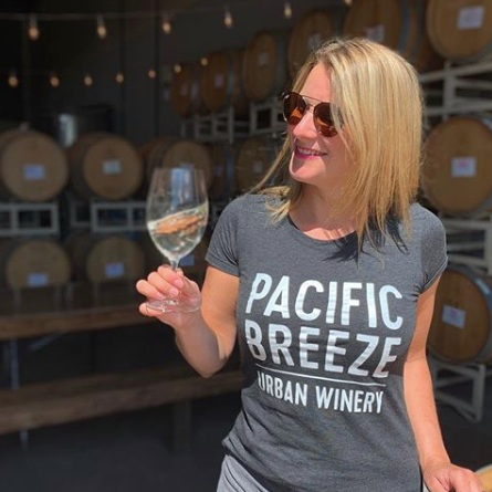 pacific breeze winery-creative-boulevard.png