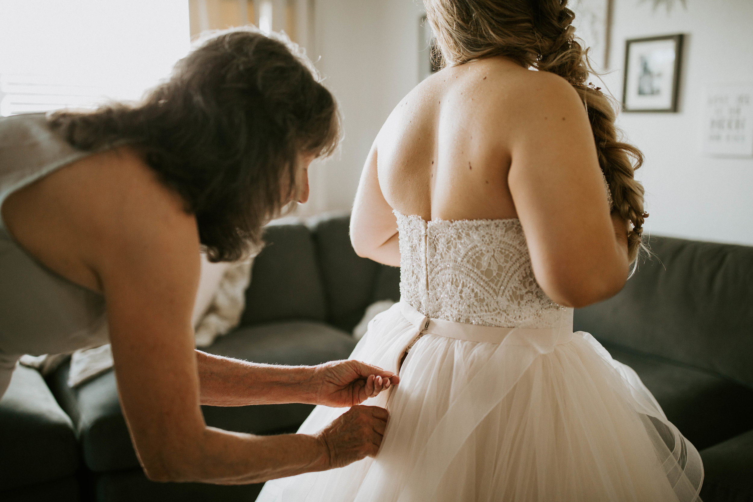Kelsee&Yudith'sbackyardintimatewedding(34of646).jpg