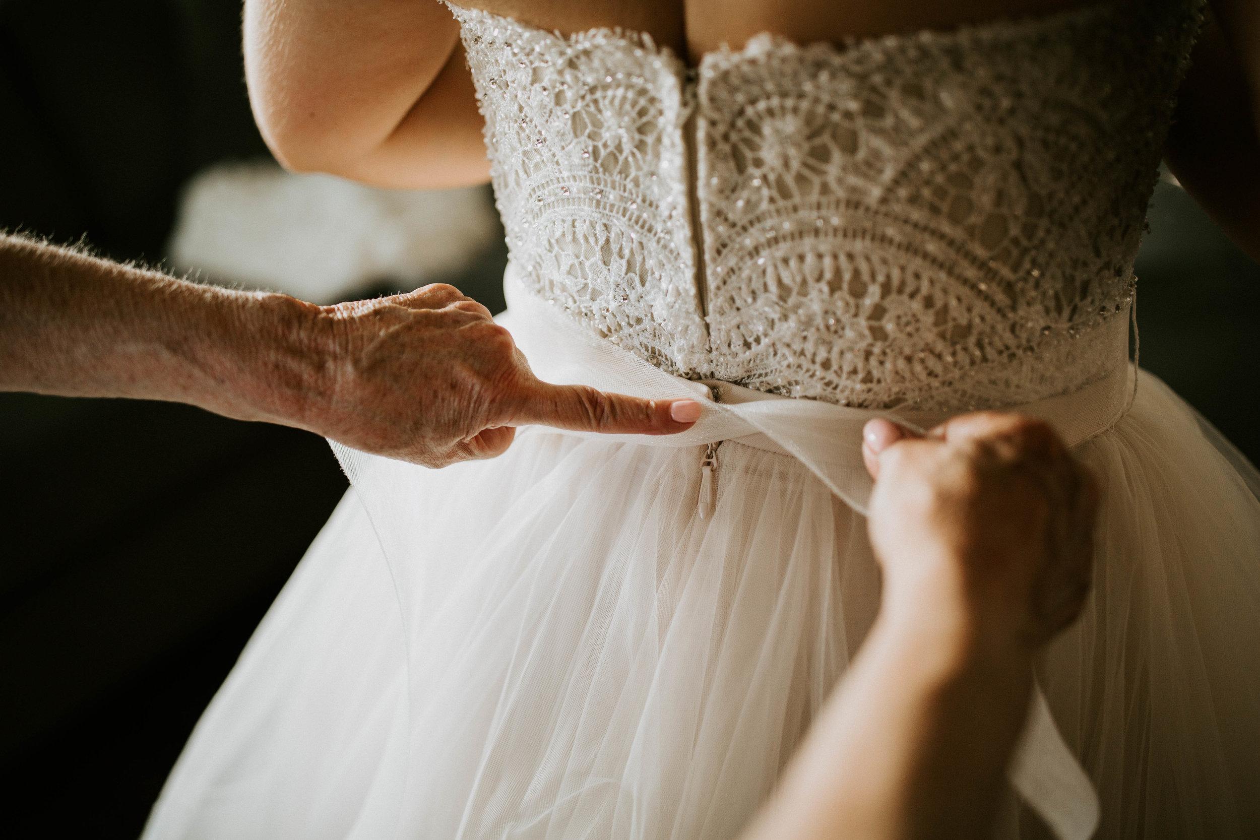 Kelsee&Yudith'sbackyardintimatewedding(37of646).jpg