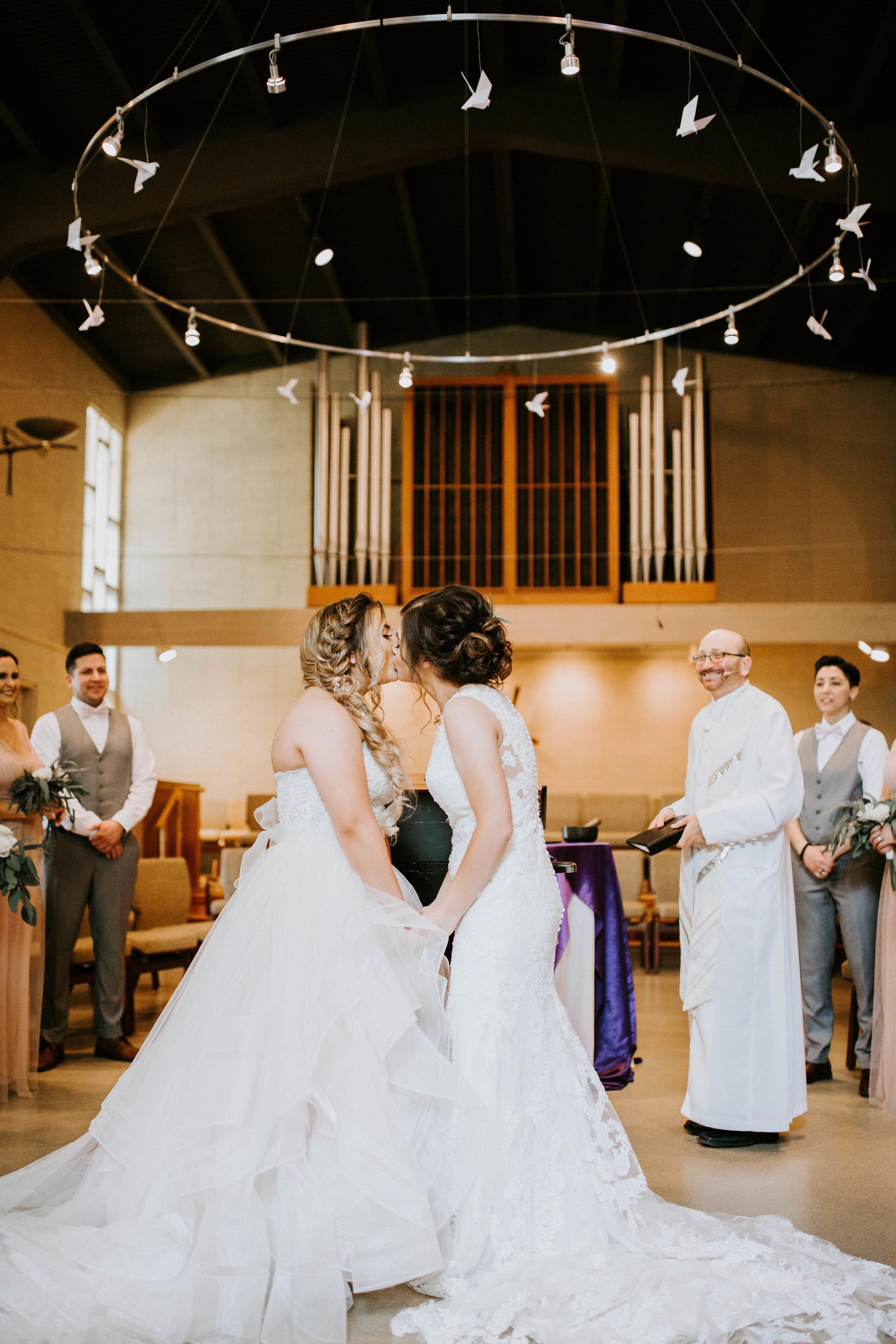 Kelsee&Yudith'sbackyardintimatewedding(121of646).jpg