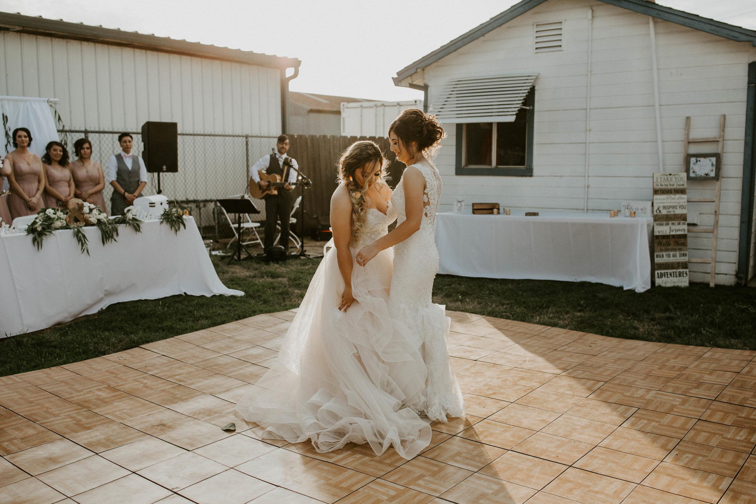 Kelsee&Yudith'sbackyardintimatewedding(386of646).jpg