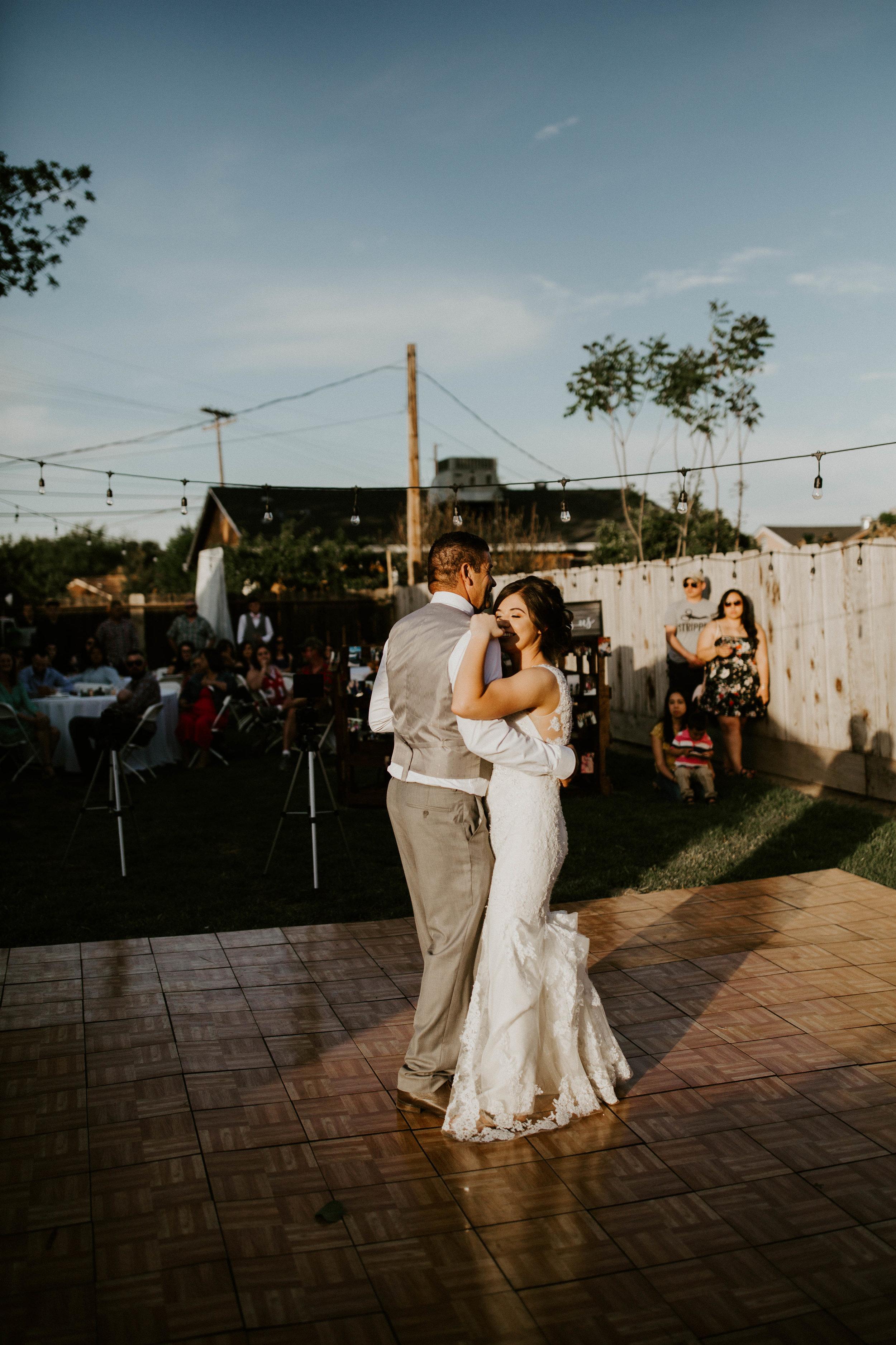 Kelsee&Yudith'sbackyardintimatewedding(419of646).jpg