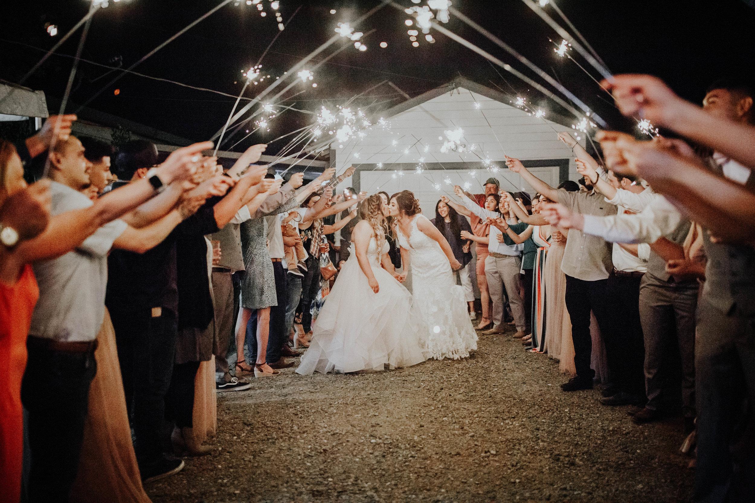 Kelsee&Yudith'sbackyardintimatewedding(589of646).jpg