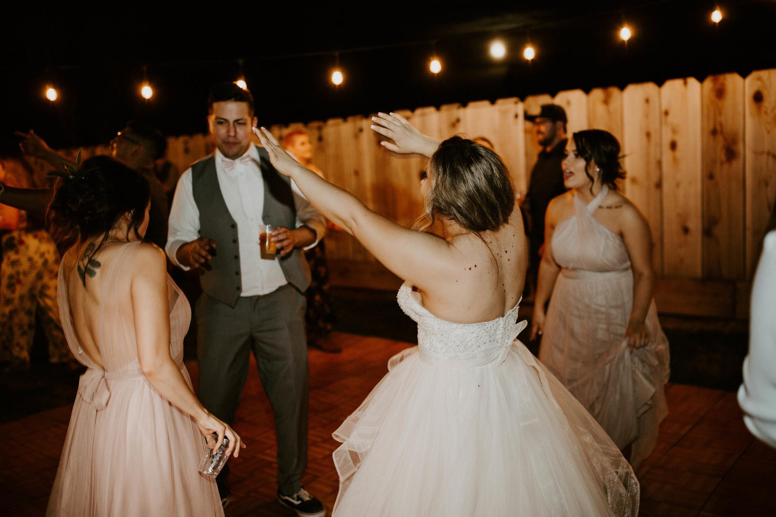 Kelsee&Yudith'sbackyardintimatewedding(625of646).jpg