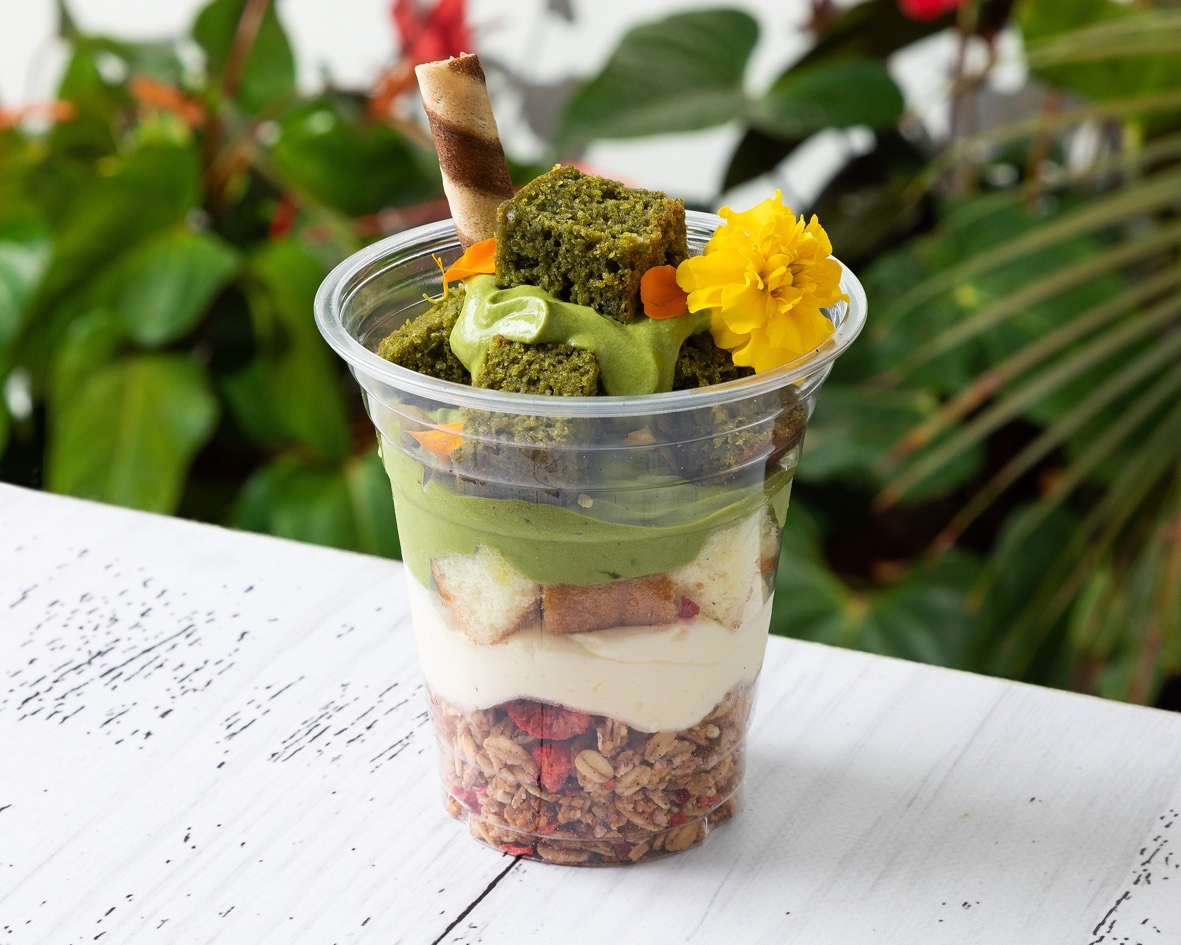 Matcha Parfait with white choice&Matcha brownie cubes