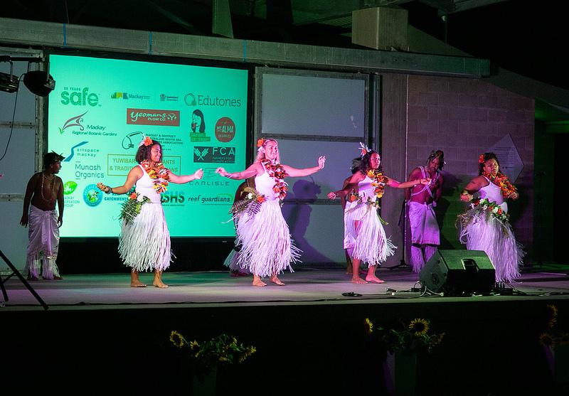 Sakwolo Islander Dancers in full flight