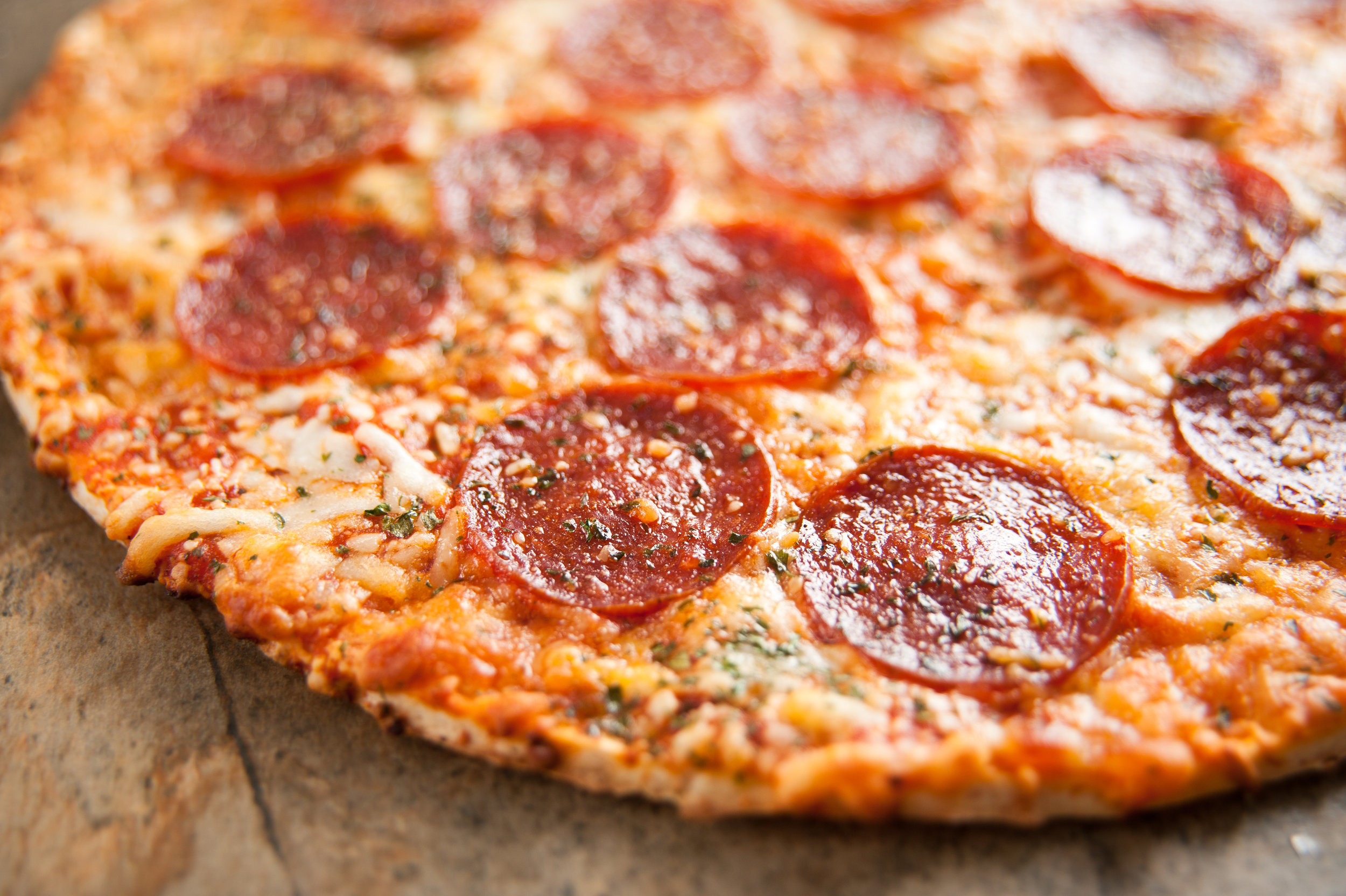 pepperoni pizza image2.jpg