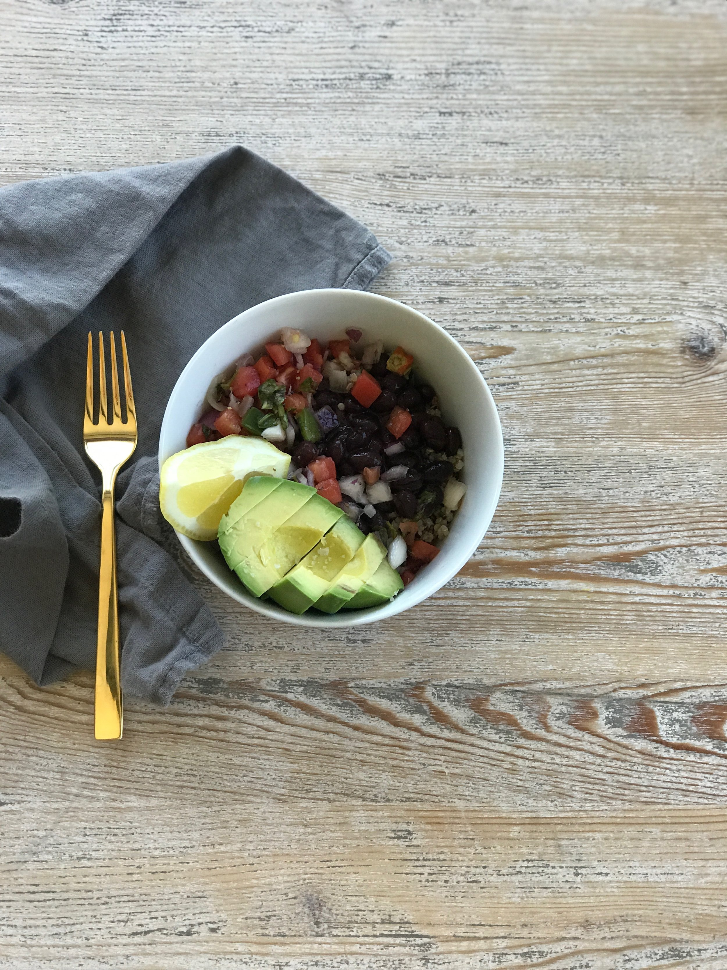 Easily meal prepped as you can store all the ingredients in separate containers for a few days in the fridge. The black beans provide antioxidants and protein along with the quinoa and tofu