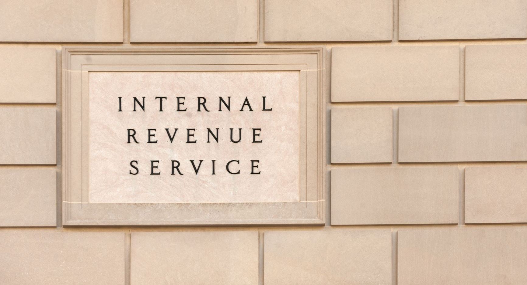 IRS+Building+Plaque-EMAIL+AdobeStock_131610852.jpg