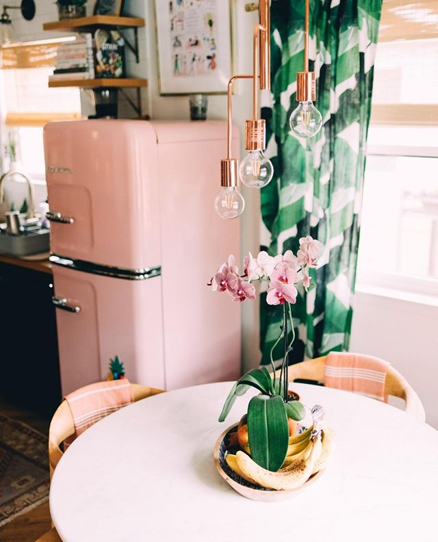 Hey friends! Can you help us out!? 🍍⁣ ⁣ We're looking for a designer to help out with a super fun marketing & merchandise project! Tag your friends below!⁣ ⁣ In the meantime, enjoy the pink fridge at the #tinybirdhome Airbnb!