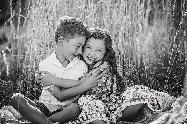 Oh my heart 💓 #jennifervellophotography #wollongongphotographer  #fairymeadow #illawarraphotographer #southcoastphotographer #childrenphotography  #familyphotography #lifestylephotographer
