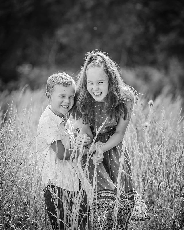 :: Love is all you need 💕🌾:: #jennifervellophotography #wollongongphotographer  #fairymeadow  #illawarraphotographer  #southcoastphotographer #childrenphotography  #familyphotography #lifestylephotographer