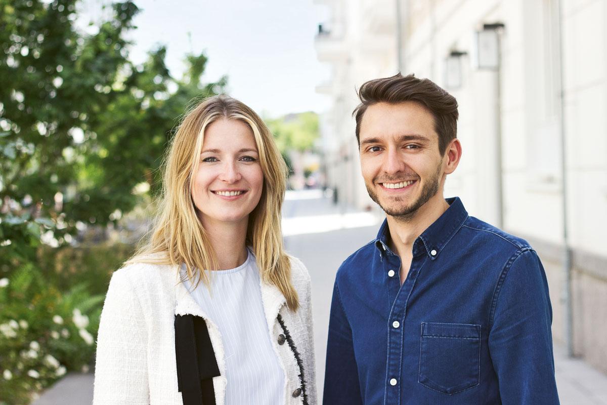 Volles Risiko: Allein mit Eigenkapital haben Sarina Vieth und Anatoli Teichrib Doli Bottles gegründet.
