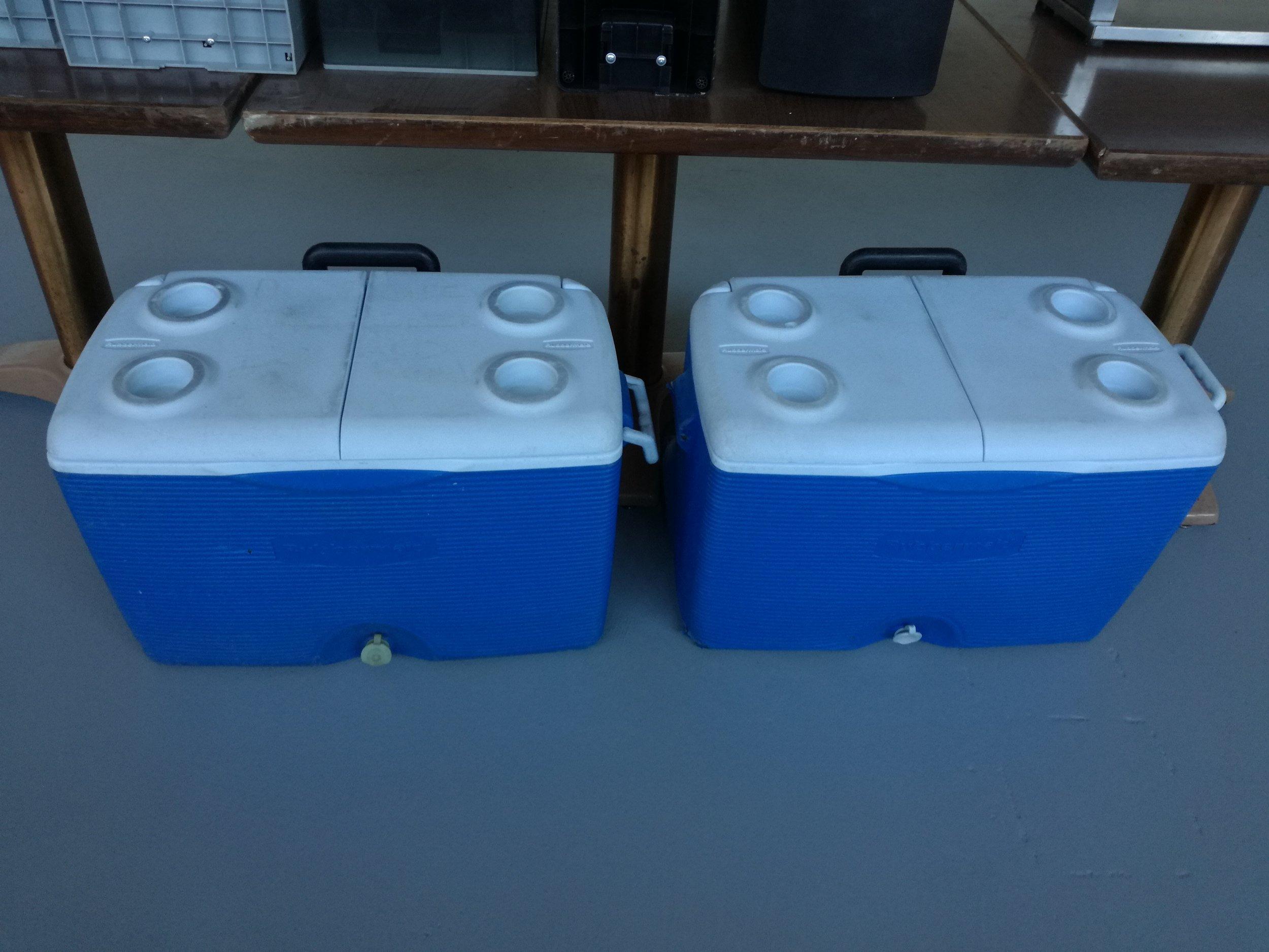 52 Qt Dual Lid Coolers